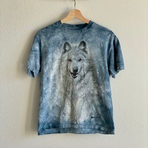 The Mountain Snow Wolf Tee